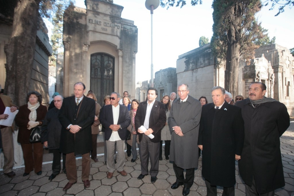 Homenaje al Dr.Pedro Vella