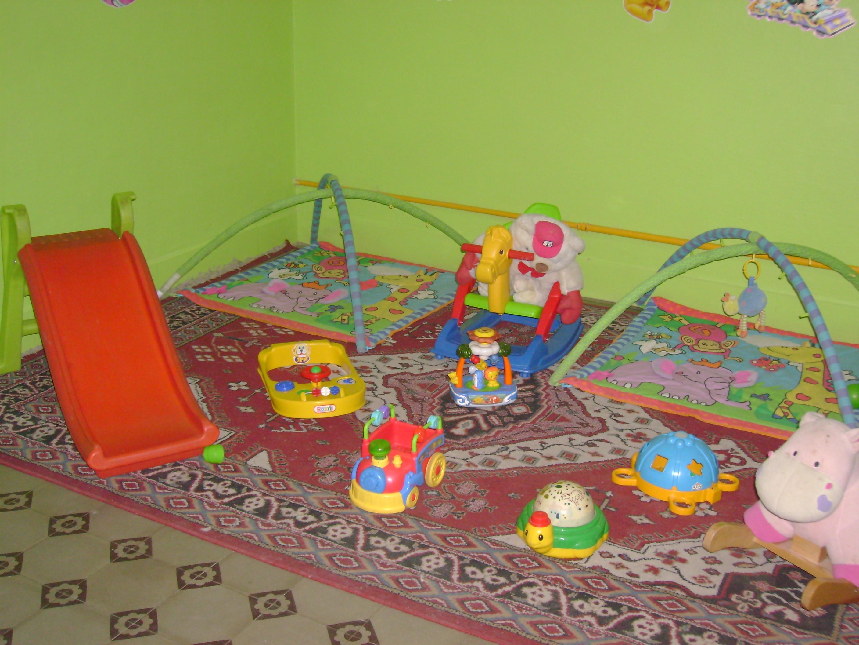 Jard n maternal huellitas 100 a os hnc for Actividades para jardin maternal